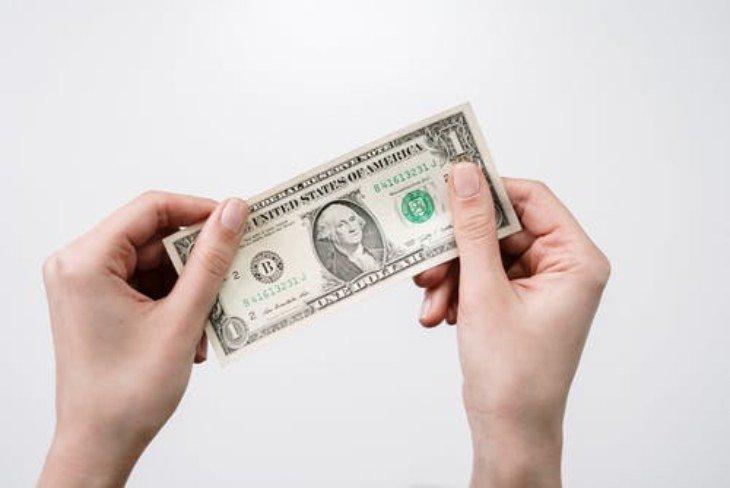 правила денег: платить за результат