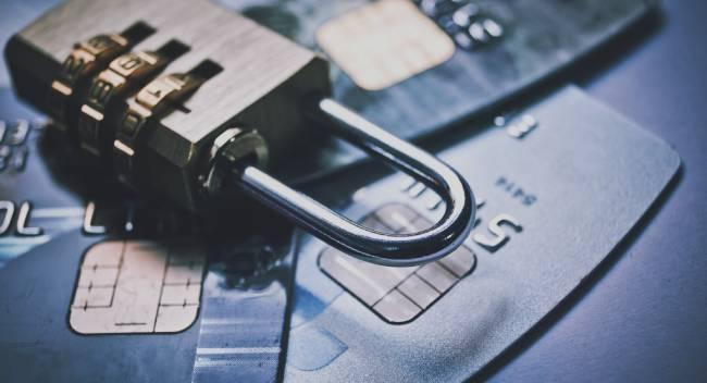 Арест кредитной карты списание запрещено